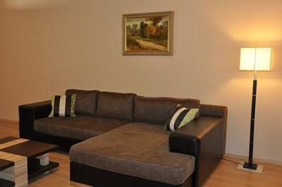Sonderangebot für Appartements in Cserkeszolo Aqua Spa Apartment - Wohnzimmer mit Sofa   - Appartement Aqua Spa**** Cserkeszolo - Luxus Appartements in Aqua Spa Cserkeszolo für Familien